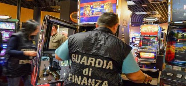 fenomeno del gioco azzardo illegale
